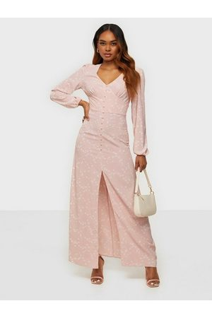 Glamorous Kvinna Maxiklänningar - Nelly x Balloon Sleeve Maxi Dress Maxiklänningar Light Pink