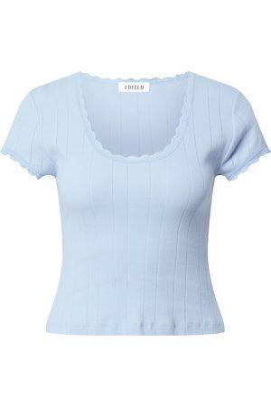 EDITED the label T-shirt 'Maryam