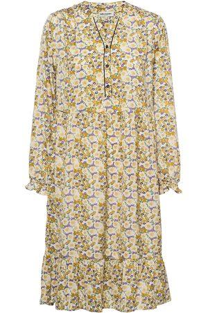 Lollys Laundry Kvinna Midiklänningar - Audrey Dress Knälång Klänning Gul