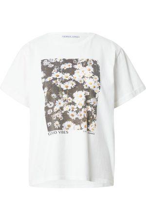 Catwalk Junkie T-shirt 'FIELDS OF JOY