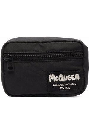 Alexander McQueen McQueen väska med berlock