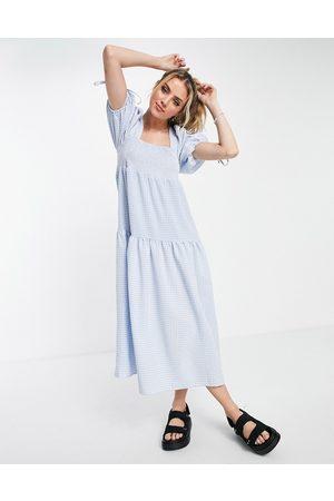 ASOS – Blå ginghamrutig midiklänning med smockad, fyrkantig halsringning och stråveck-Olika färger