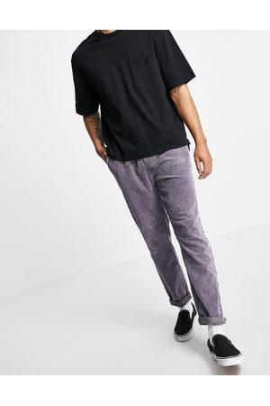 ASOS – stentvättade byxor i manchester med smal passform och elastisk midja
