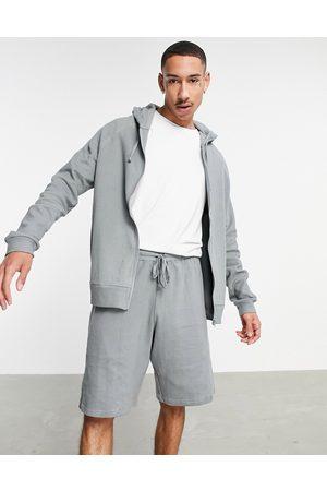 ASOS – Mysig pyjamas med huvtröja och shorts med våfflad textur