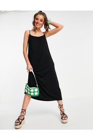 ASOS – solklänning i midilängd med indragen ringning, smala axelband och fickor- /a
