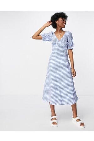 New Look – , ginghamrutig midiklänning med puffärmar