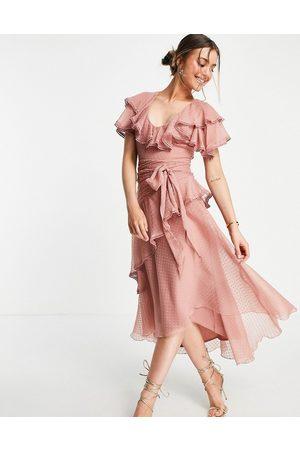 ASOS – Midiklänning i dobbyvävd chiffong med draperad detalj och knytning-Pink