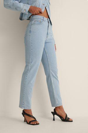 Curated Styles Kvinna Mom - Ekologiska Figursydda Mom-jeans
