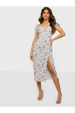 NLY Trend Kvinna Fodralklänningar - Sweet Frill Dress Fodralklänningar