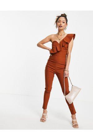 Vesper – Röd enaxlad jumpsuit med volang-Koppar