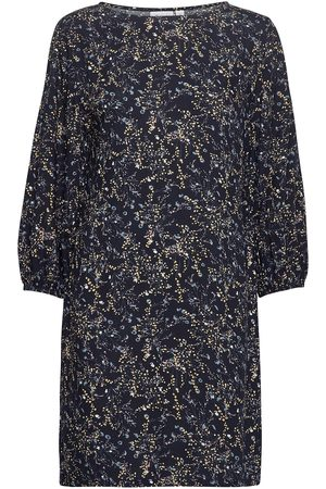 Saint Tropez U6010, Woven Dress S/S Knälång Klänning Blå
