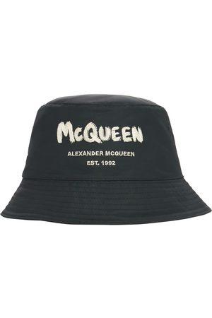 Alexander McQueen Man Hattar - Graffiti Logo Nylon Bucket Hat