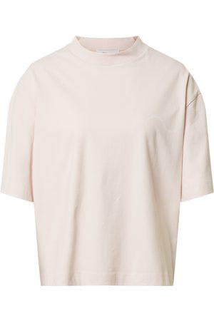 Catwalk Junkie T-shirt