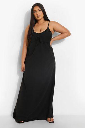 boohoo Plus - Maxiklänning Med Knytdetalj, Black