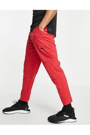 PUMA – Träning – Röda byxor i ventilerande material