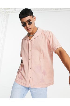 ASOS – skjorta i linneblandat material med regular fit, platt krage och palmbroderi ton-i-ton-Pink