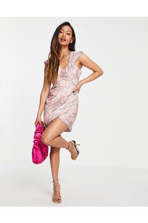 ASOS Kvinna Festklänningar - – Rosablommig miniklänning med strukturerad plissering och off shoulder-design-Flera