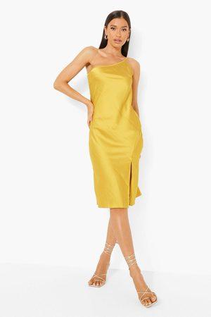 Boohoo One Shoulder-Klänning I Satin, Yellow