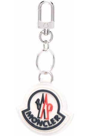 Moncler Man Smycken - Logo charm keyring