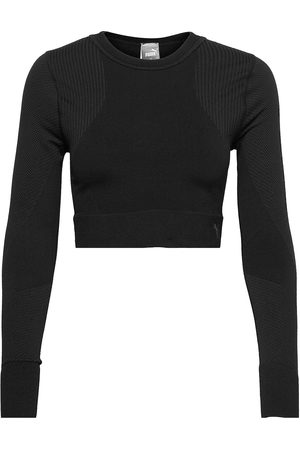 PUMA Train Seamless Fitted Long Sleeve Crop Tops