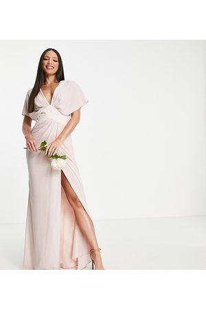 ASOS Kvinna Maxiklänningar - ASOS DESIGN Tall – Brudtärnor – Puderrosa maxiklänning med blusärmar med, chevron-format midjeband och knäppning baktill av satin-Pink