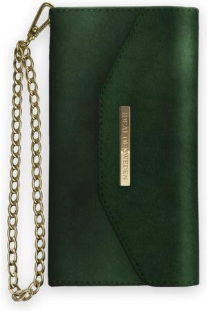 Ideal of sweden Kvinna Mobilskal - Mayfair Clutch Velvet iPhone 8 Plus Green