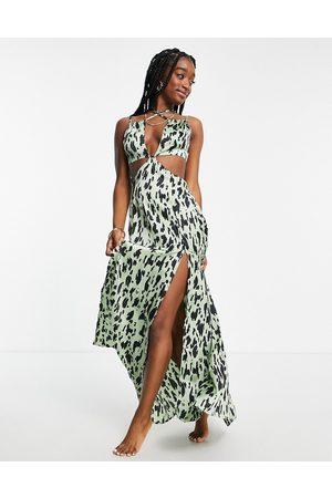 ASOS Kvinna Maxiklänningar - – Khakigrön, djurmönstrad strandklänning i maxilängd med utskurna detaljer-Flera