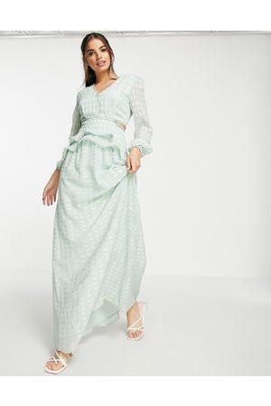 Lipsy London Kvinna Festklänningar - – Mjuk mintfärgad urringad maxiklänning- /a