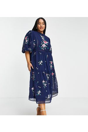 ASOS Kvinna Festklänningar - ASOS DESIGN Curve – Marinblå broderad midiklänning med spetsdetaljer och hög ringning