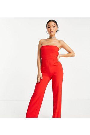 Vesper Petite – jumpsuit med bandeau-design och vida ben