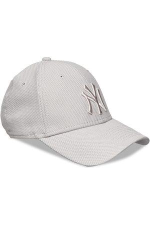 New Era Diamond Era Essential 940 Ney Accessories Headwear Caps