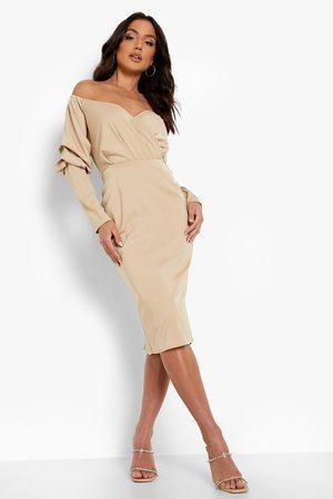 Boohoo Kvinna Midiklänningar - Satin Bardot Blouson Sleeve Midi Dress