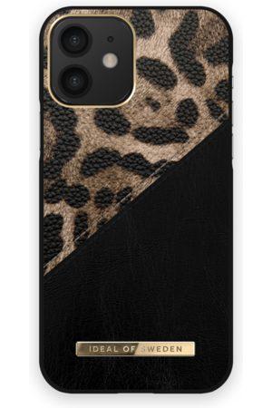 IDEAL OF SWEDEN Mobilskal - Atelier Case iPhone 12 Midnight Leopard