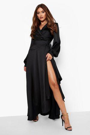 Boohoo Långklänning I Satin Med Omlott Och Knytskärp, Black