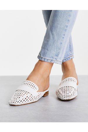 Schuh – Latoya – Vita vävda mules med öppen häl- /a
