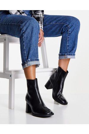 ASOS Kvinna Boots - – Revival – Svarta boots med blockklack och rund tå- /a