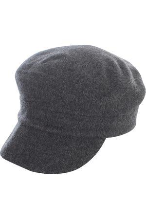 P.a.r.o.s.h. CAP