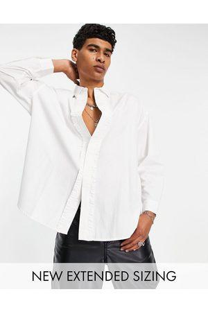 ASOS – skjorta i extrem oversize med volang framtill- /a