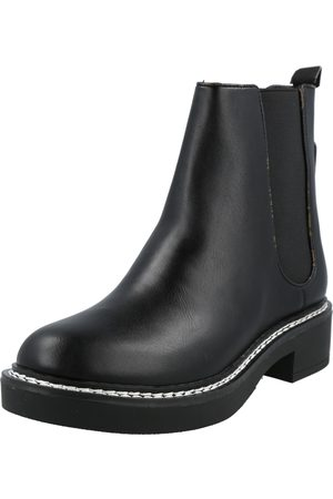 Guess Chelsea boots