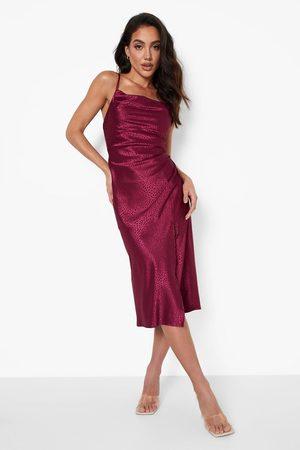 Boohoo Kvinna Casual klänningar - Djurmönstrad Slipklänning, Red