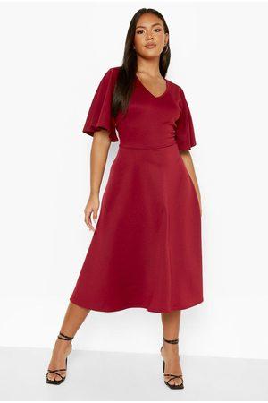 Boohoo Kvinna Casual klänningar - Plus Scuba Midi Skater Dress, Red